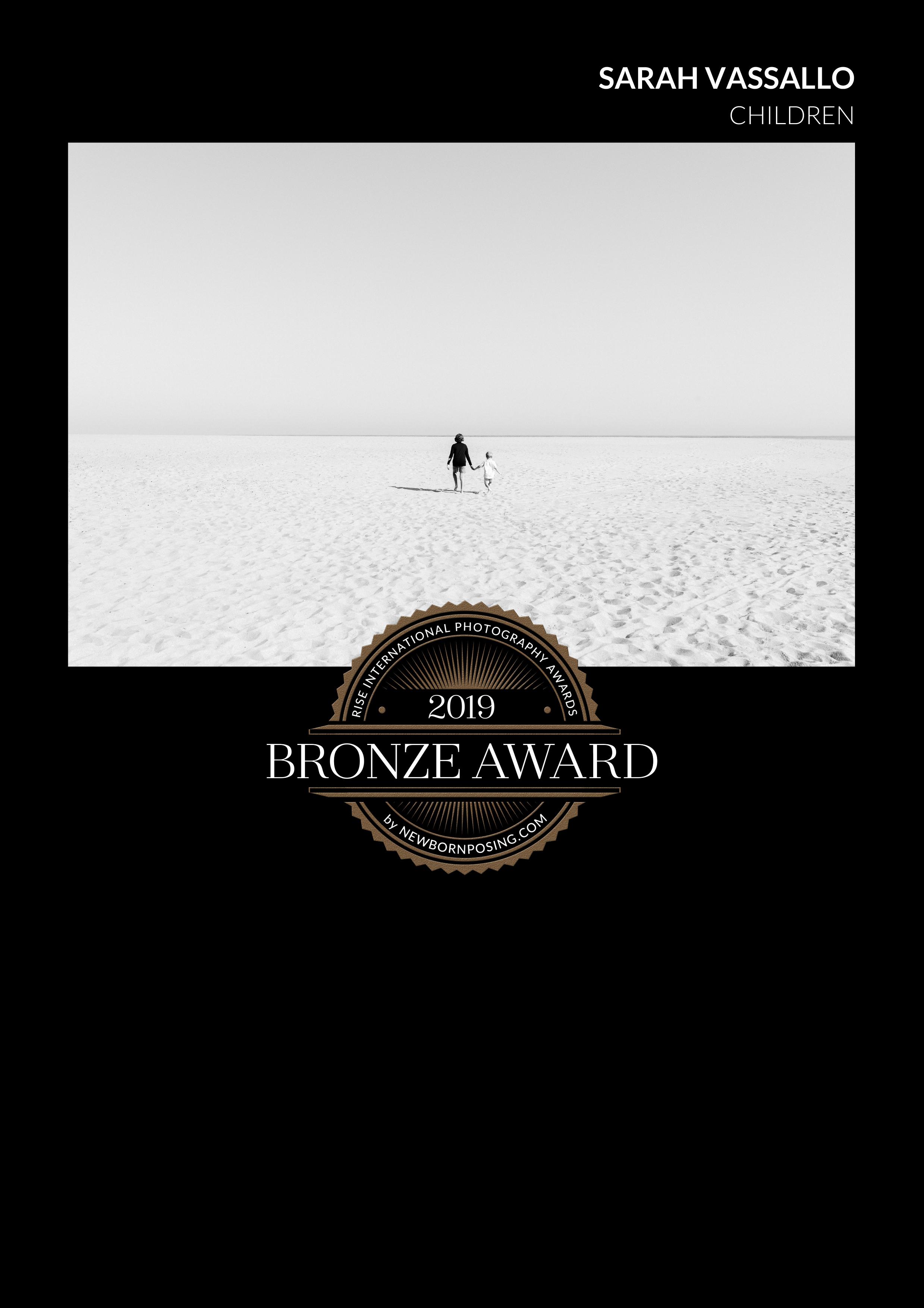 Sutherland Shire Children's Photographer Sevenish Photography wins bronze award in Rise International Photography Awards